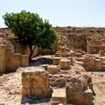 Арестом закончилось незаконное пребывание на территории республики Кипр для двух человек